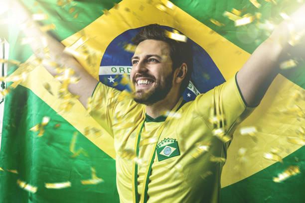 Aficionado brasileño celebrar - foto de stock