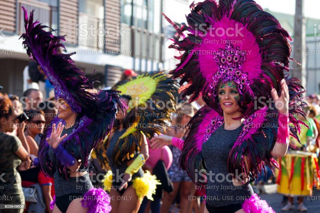 Danseurs de samba brésilienne - Photo