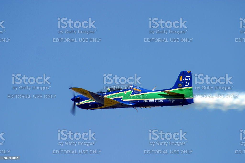 Brasileiro fumaça Squadron Esquadrilha da Fumaca T-27 Tucano em ação foto royalty-free