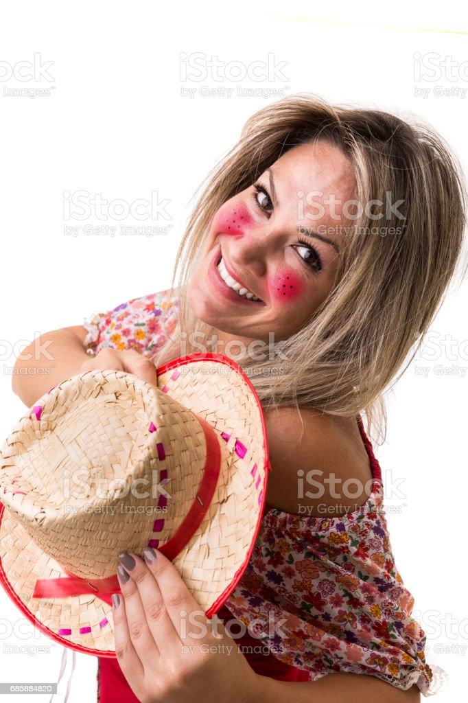 Mulher brasileira em traje de Festa Junina - foto de acervo