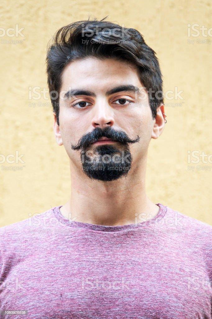 Jovem brasileiro - foto de acervo