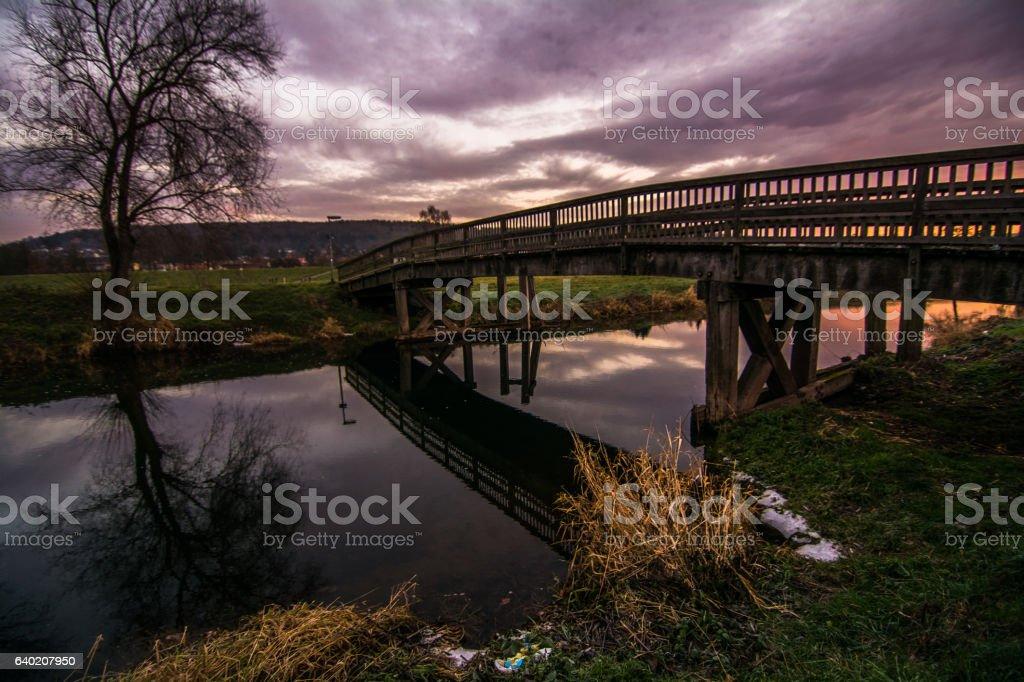 Brücke bei Sonnenaufgang stock photo