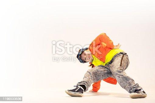 girl in breakdance position