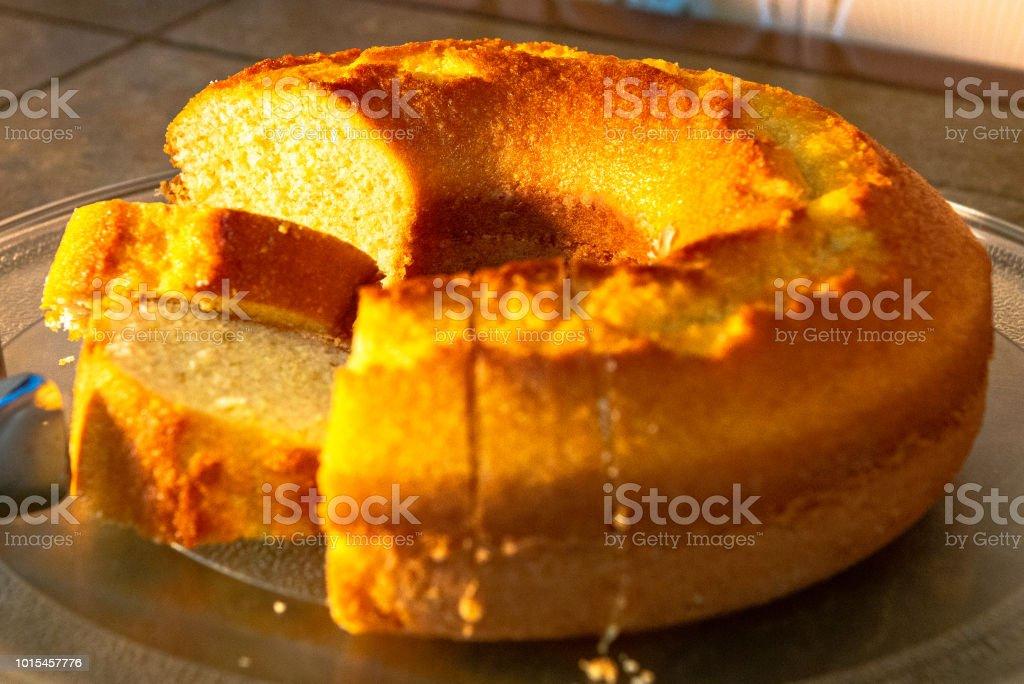 Pequeno-almoço - bolo de fubá - foto de acervo