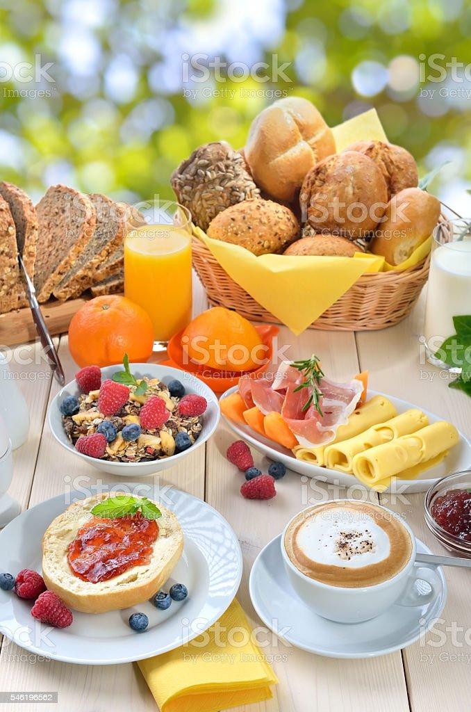 Breakfast in summer – Foto