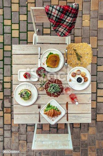 Breakfast Served Cafe Table With Cheese Pancakes Sandwich Croissant And Drinks Top View - Stockowe zdjęcia i więcej obrazów Ciasto