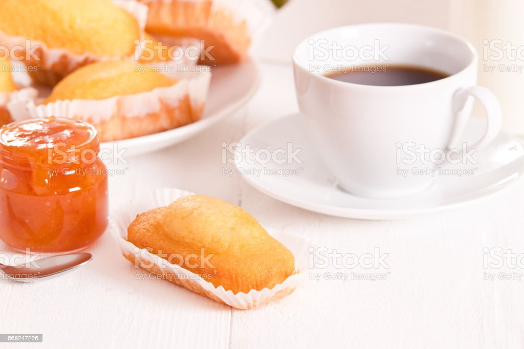 Breakfast with plumcake. foto stock royalty-free