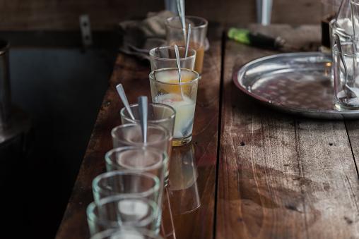 Rafadan Yumurta Ve Vintage Kahve Kahvaltı Stok Fotoğraflar & Ahşap'nin Daha Fazla Resimleri