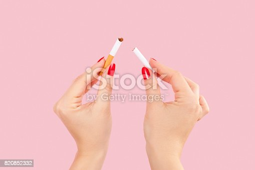 istock Breaking the last cigarette. 820852332