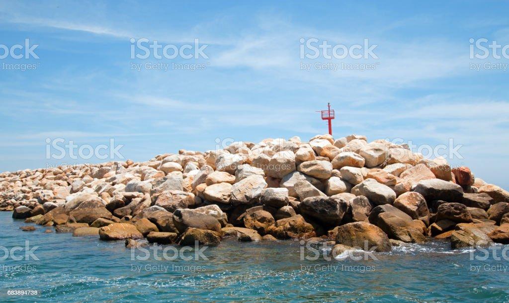 Rompeolas para el puerto de Puerto San José Del Cabo / marina en BCS de México Baja - foto de stock