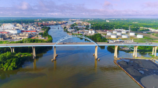 Breathtaking aerial view of Tower Drive Bridge, Green Bay Breathtaking sunrise aerial scenic view of morning rush hour traffic on Tower Drive Bridge. Highway 43 spanning the Fox River in Green Bay Wisconsin. wisconsin stock pictures, royalty-free photos & images