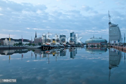 istock Bremerhaven in the morning 186842733