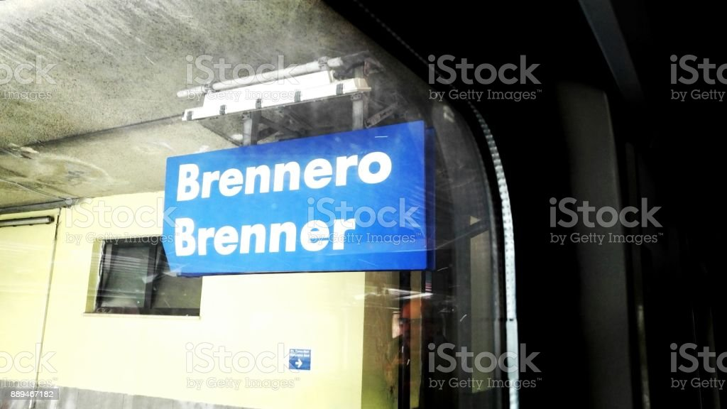 Brennero Staatsgrenze – Foto