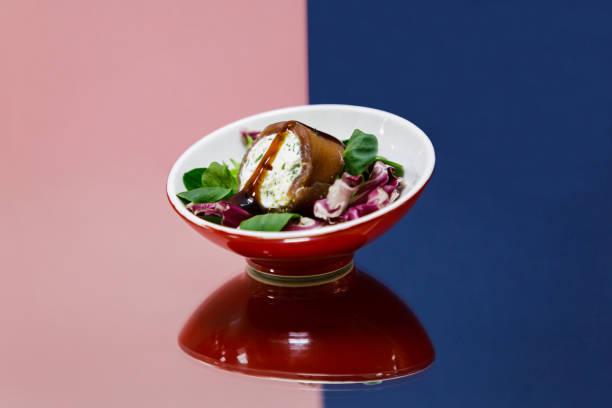bresaola con formagi in a mix of salads - bresaola foto e immagini stock