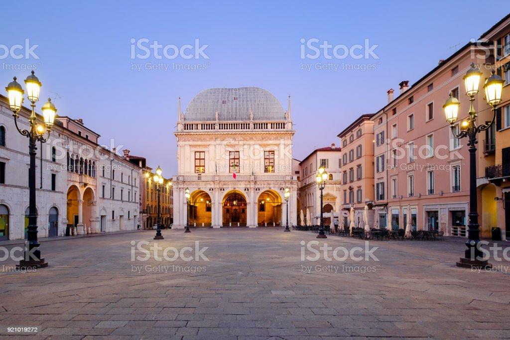 Brescia italian city near Garda lake main square called piazza loggia - foto stock