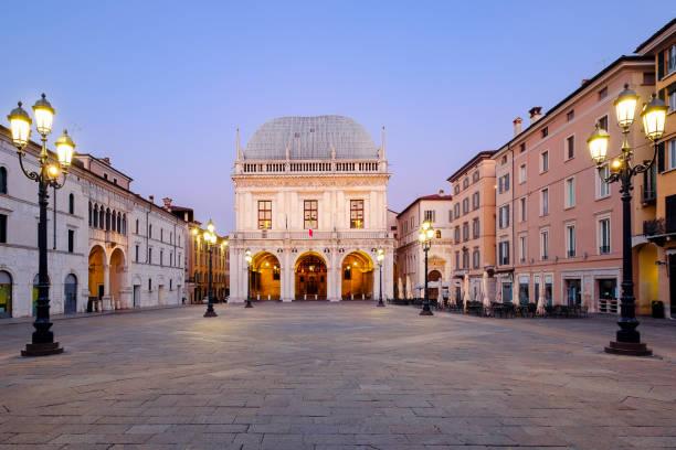 Italienischen Stadt Brescia in der Nähe von Gardasee Hauptplatz namens Piazza loggia – Foto