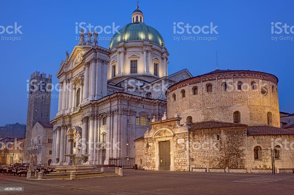 Brescia, vecchio e il Duomo Nuovo - foto stock