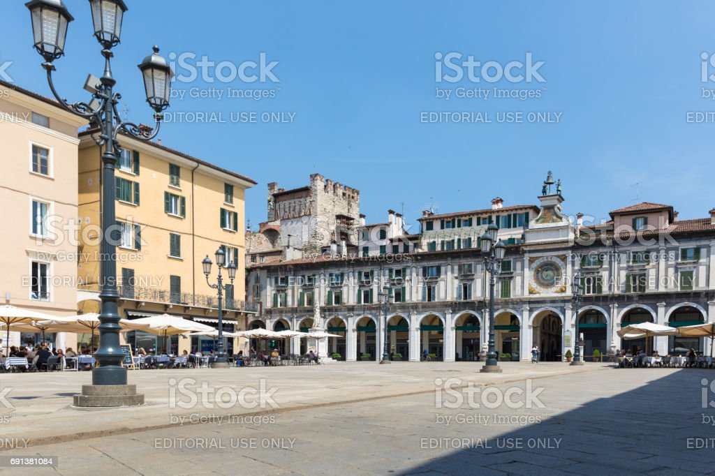 Brescia - panorama of Piazza della Loggia square - foto stock