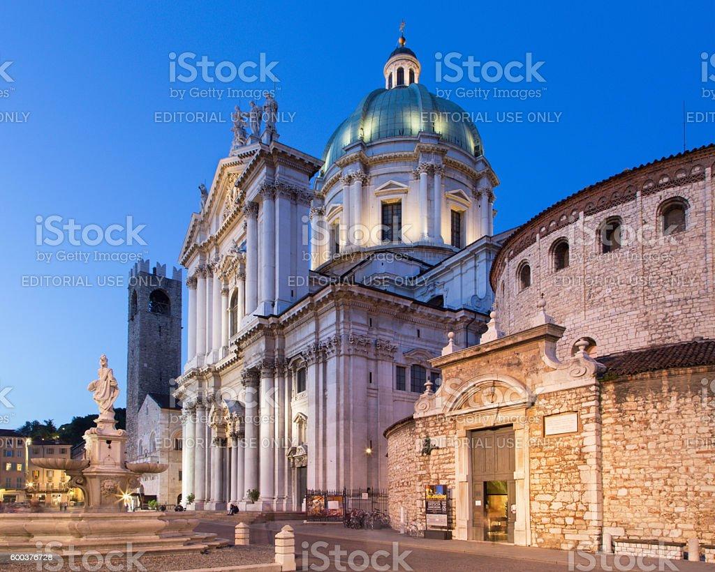 Brescia-Dom di sera al tramonto - foto stock