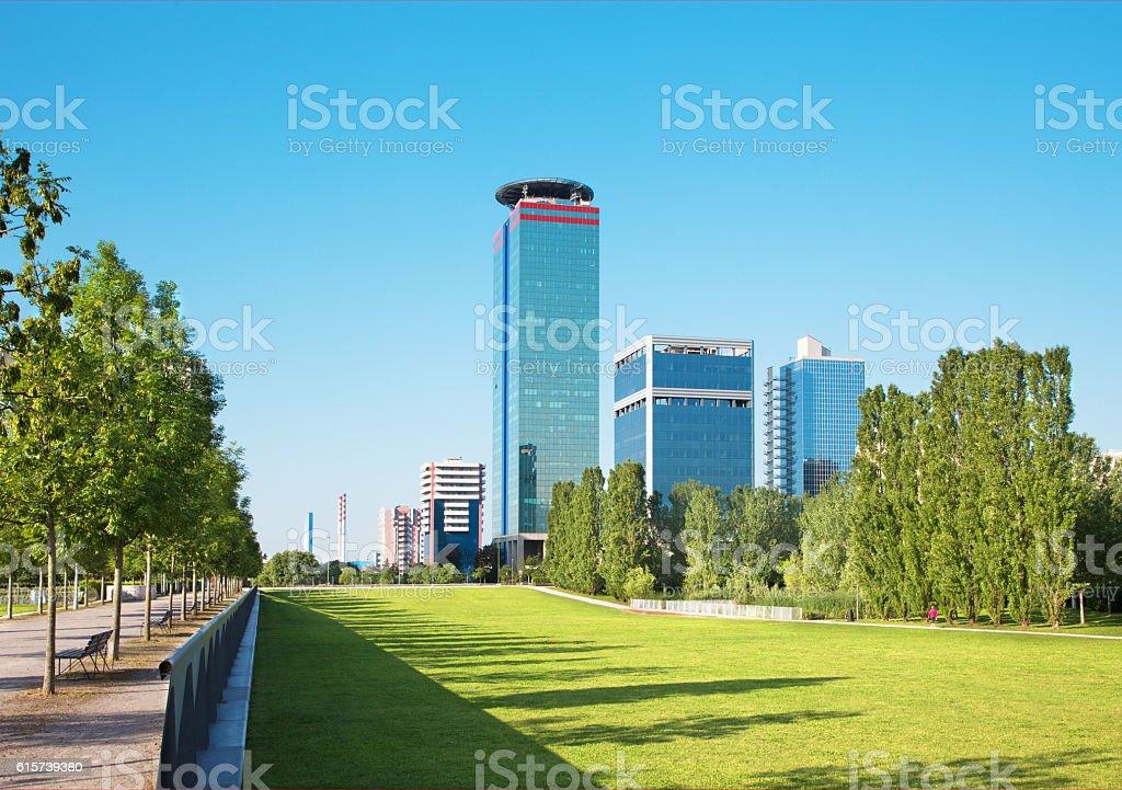 Brescia - The Parco Tarello park and modern high buildings. - foto stock