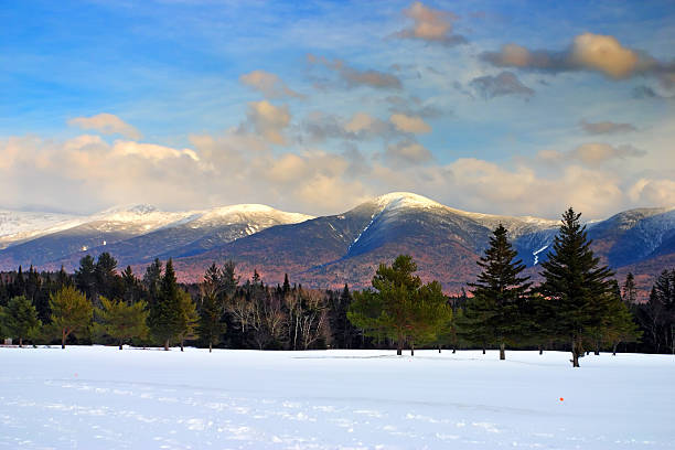 Bretton Woods, New Hampshire Winter at Bretton Woods, New Hampshire mount washington new hampshire stock pictures, royalty-free photos & images