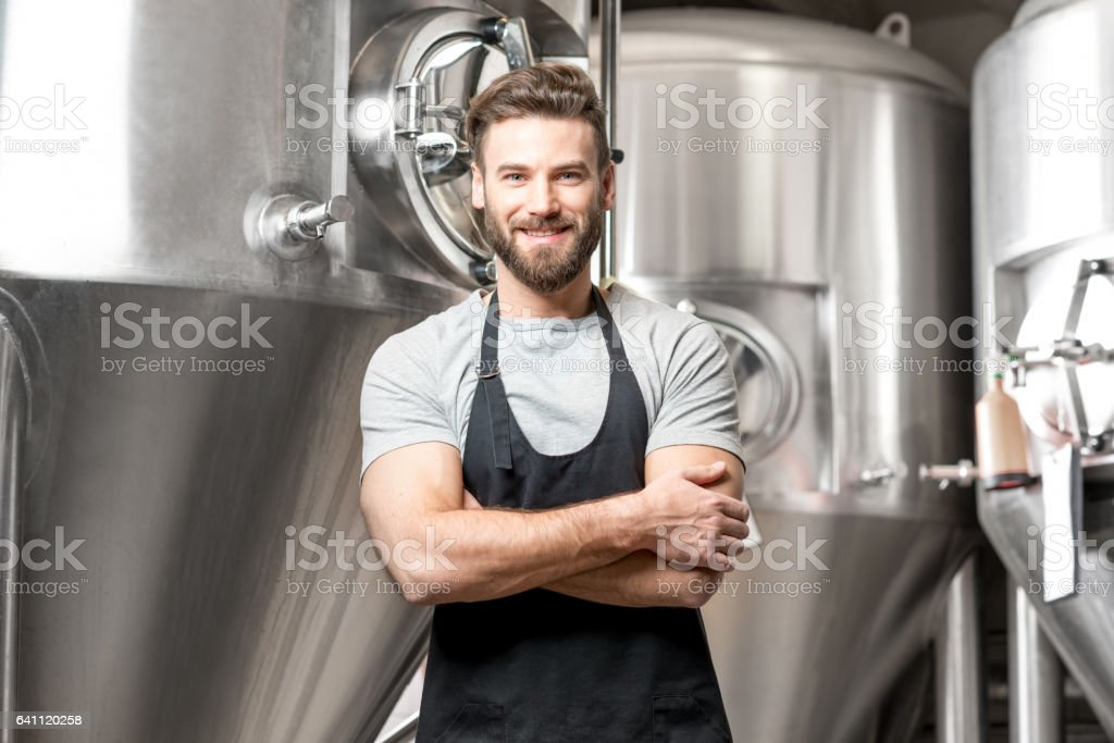 Brewer at the manufacture - foto stock