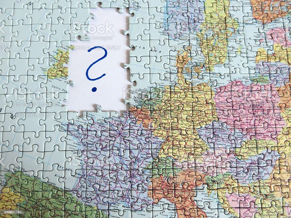 Obiettivo puzzle Visualizza la mappa europea manca Gran Bretagna - foto stock