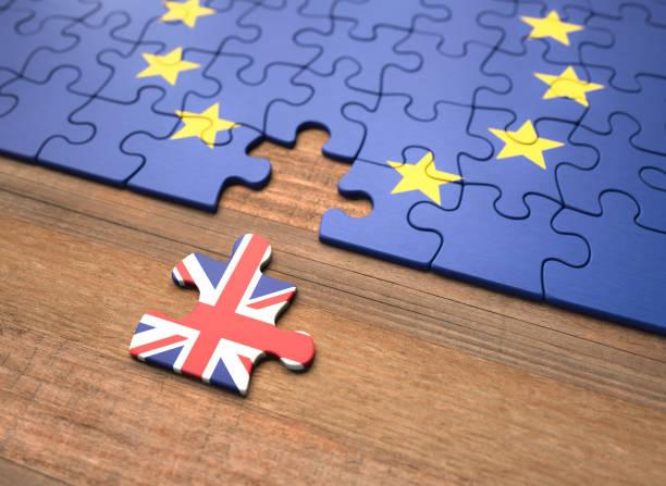 brexit-picture-id1057358690?k=6&m=1057358690&s=612x612&w=0&h=TgoYNrTbaMivJGG4BRwao9NxFlvDAXvMcwkzwFzNyWc=&profile=RESIZE_400x