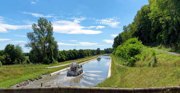 Briare canal in the Loire valey - Photo