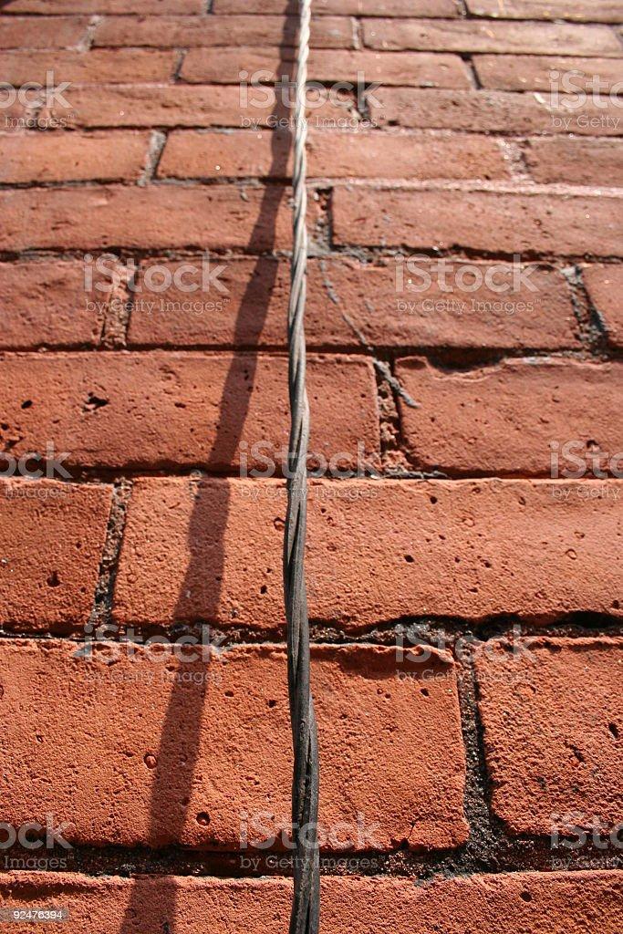 Ziegelmauer mit Kabel Lizenzfreies stock-foto