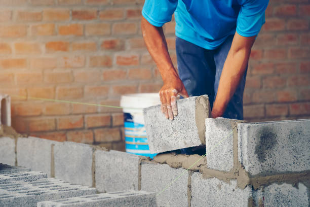 bricklayer - Construction of new home renovation stock photo