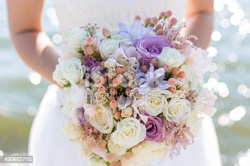 istock bridal bouquet 490682710