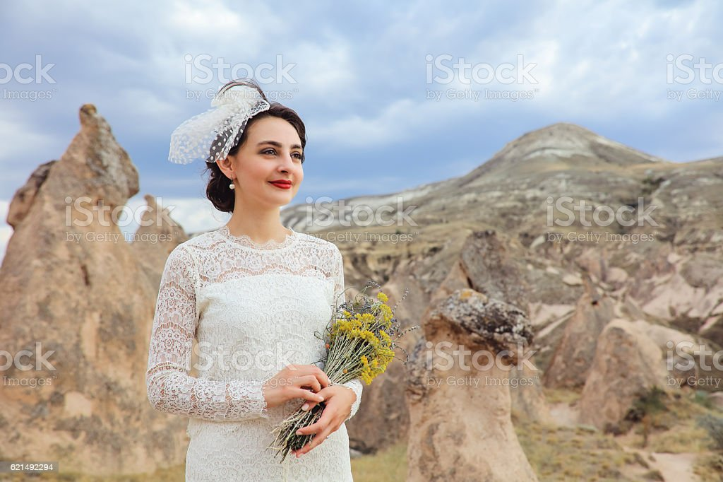 Bride portrait in Cappadocia, Turkey photo libre de droits