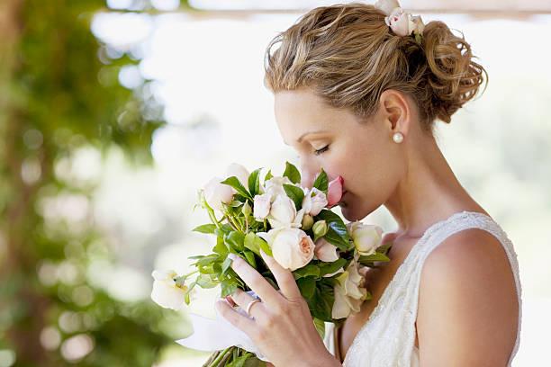 Bride smelling bouquet picture id102284257?b=1&k=6&m=102284257&s=612x612&w=0&h=wurgbjuidcoz3p2iv4 whzegfyxrnulsrnafe6pbzt0=