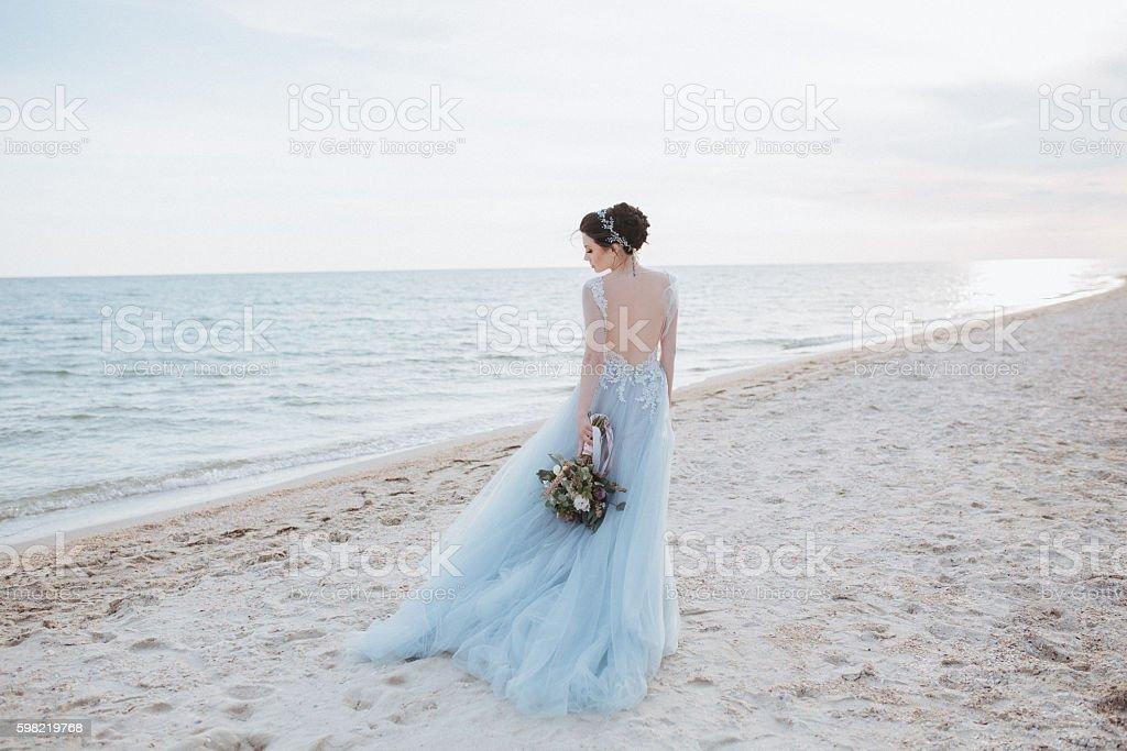 Bride turned around foto royalty-free