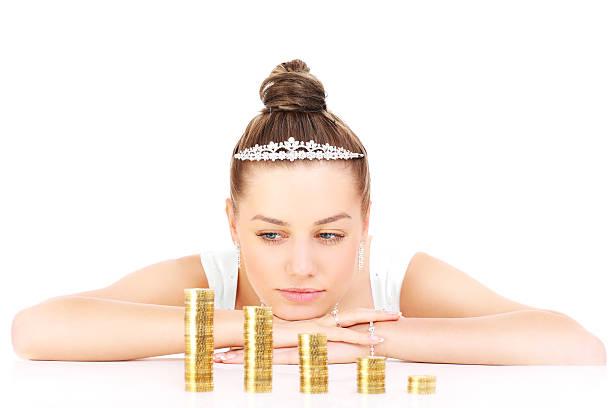花嫁とお金の問題 - 結婚式 ストックフォトと画像