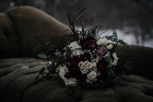 Brides bouquet picture id1038448606?b=1&k=6&m=1038448606&s=612x612&w=0&h=yy1azpyhff3ztn47pqxxh9zzr16g1wy96ef apkgady=
