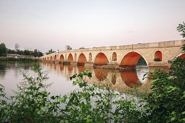 meric brücke über den fluss in edirne, türkei - edirne stock-fotos und bilder