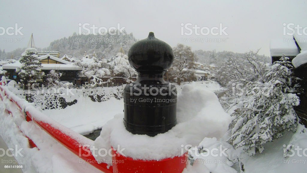 Bridge covered with snow in Japan foto stock royalty-free