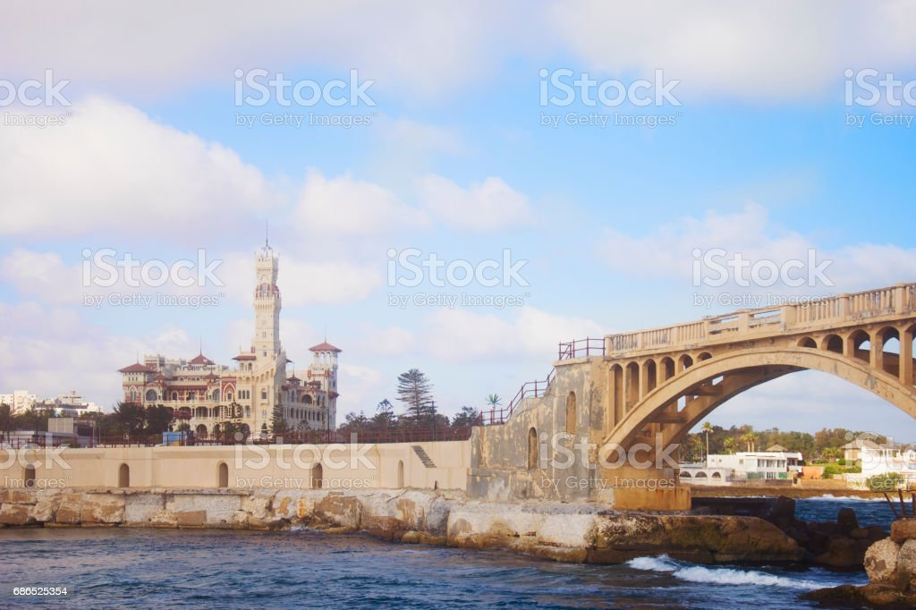 Bridge in Alexandria and Palace, Egypt foto stock royalty-free