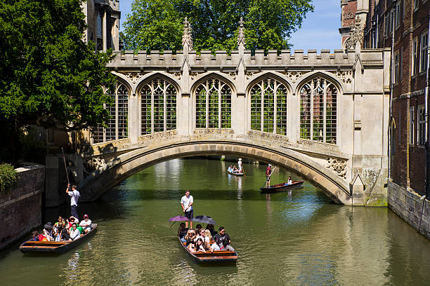 bridge of sighs in cambridge - cambridge university stock photos and pictures