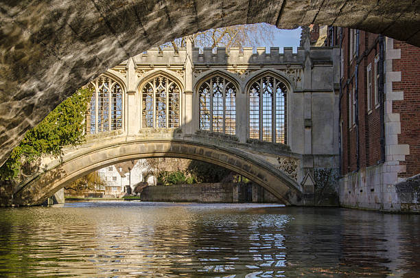 bridge of the sighs, cambridge. - cambridge university stock photos and pictures