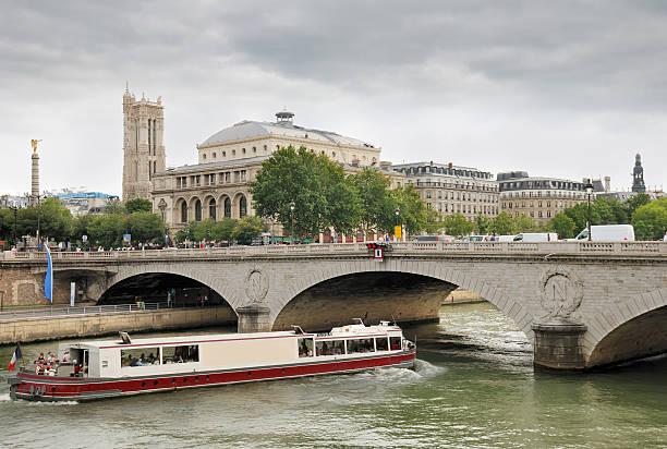Brücke. – Foto