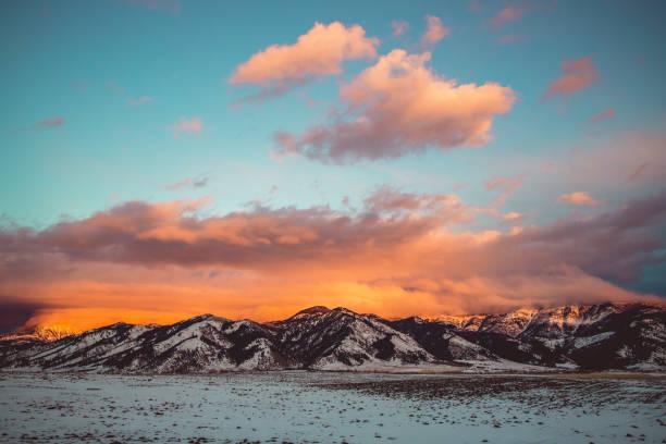 bridger glow pano - montana western usa stock pictures, royalty-free photos & images