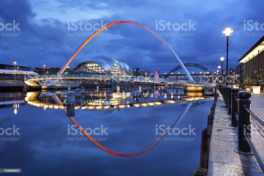 Bridges over the river Tyne in Newcastle, England at night stock photo