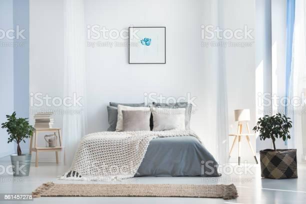 Bright bedroom interior with plants picture id861457278?b=1&k=6&m=861457278&s=612x612&h=4 f5ln40zbvrlpmfogf uexdroqnwpizmn8pqcgk3ly=
