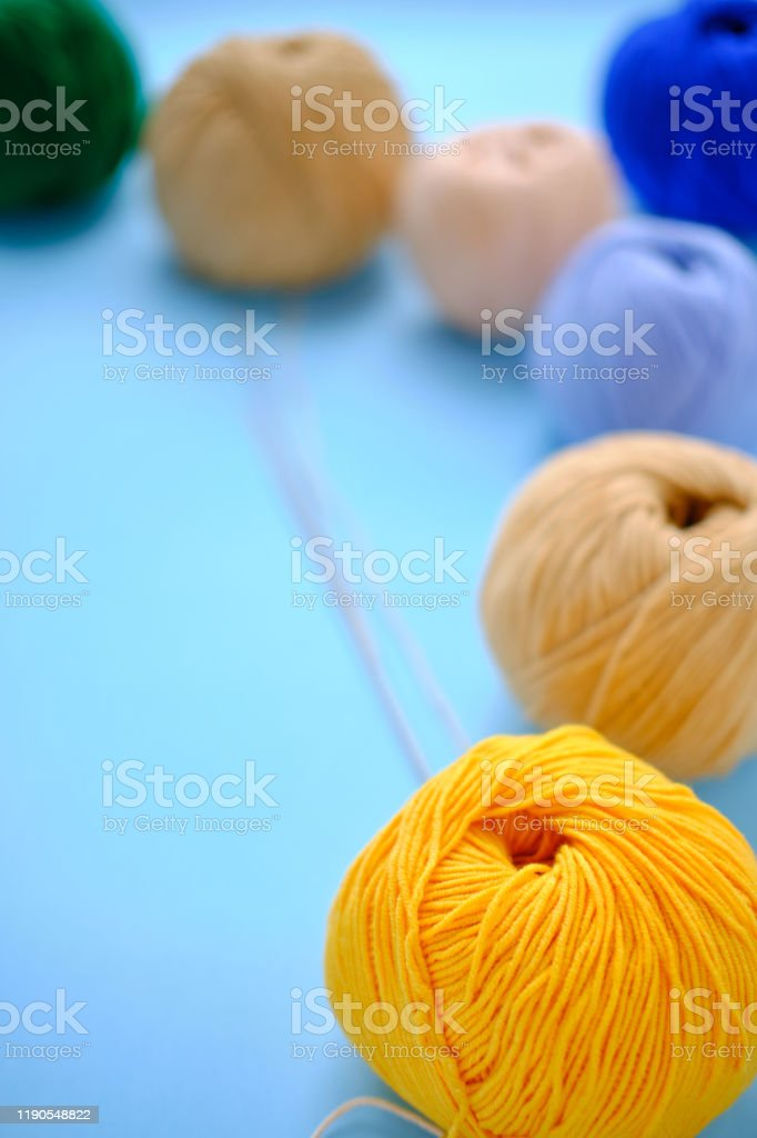 How much yarn do I need to make poufs, rugs and other round ... | 1024x682