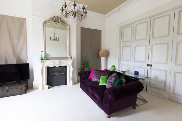 helles design wohnzimmer - teppich englisch stock-fotos und bilder