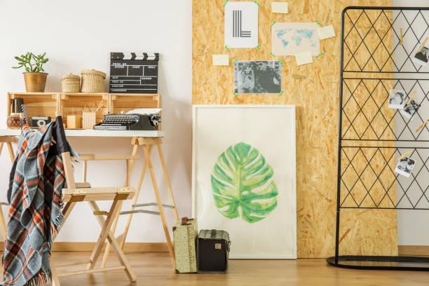 o espaço de trabalho do eco brilhante estilo - mood board - fotografias e filmes do acervo