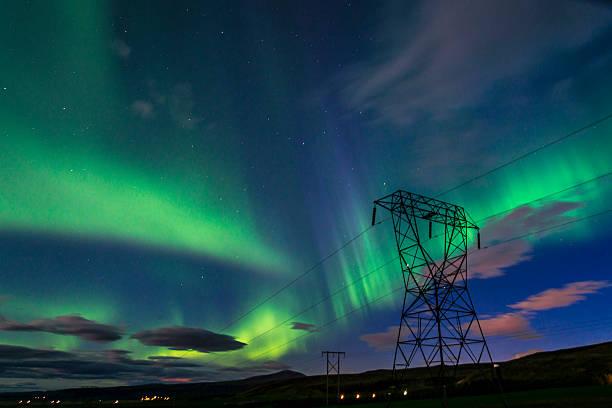 bright green northern lights (aurora borealis) - norrbotten bildbanksfoton och bilder
